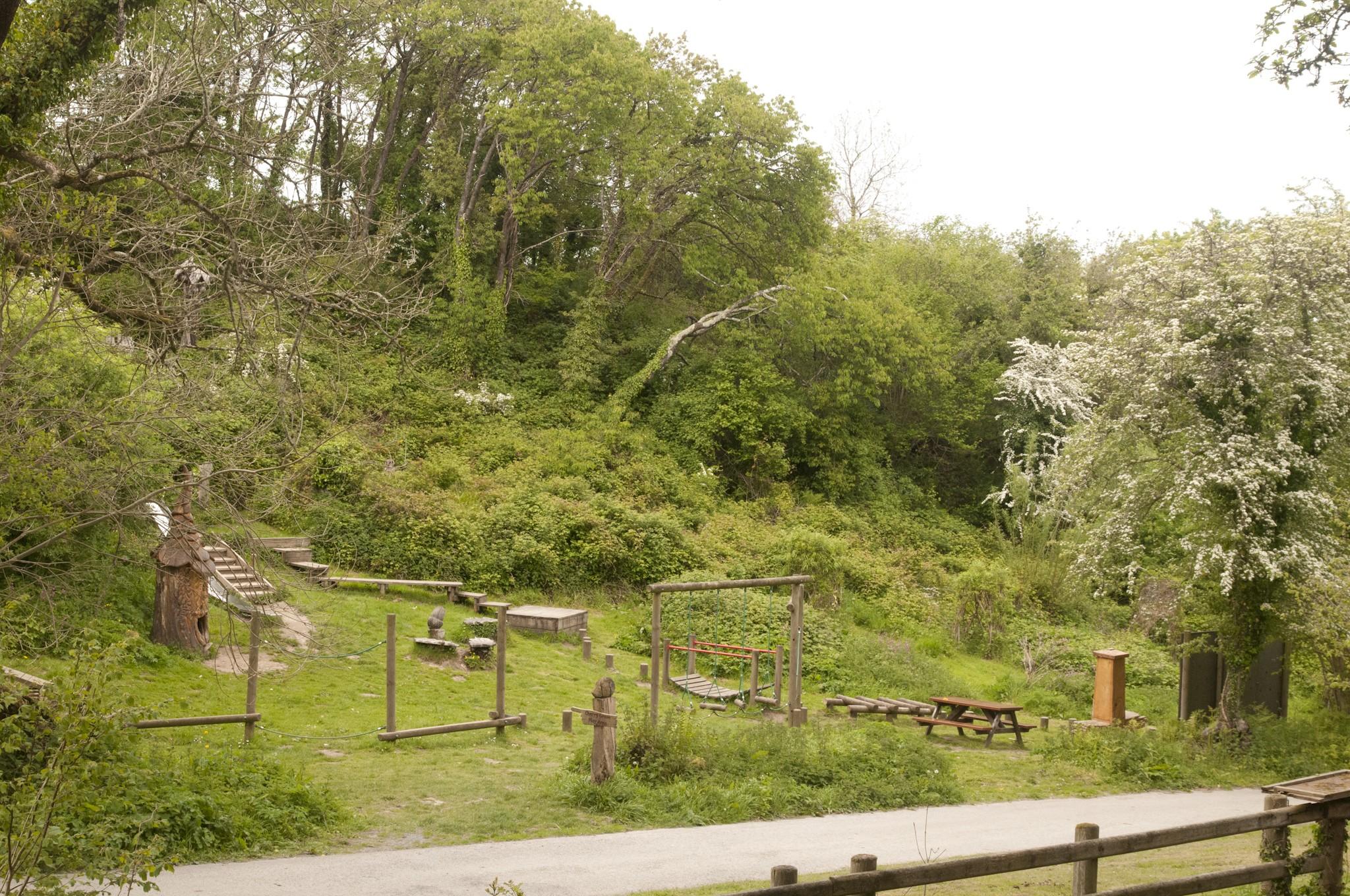 Oak tree cottage -Adventure playground - Cilgerran - FBM Holidays